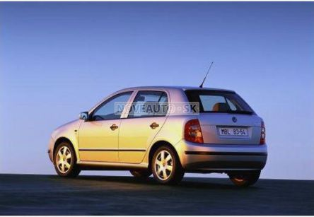 ŠKODA Fabia  1.0 Junior (hatchback) - (Fotografia 2 z 5)