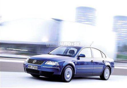 VOLKSWAGEN Passat  1.9 TDI Basis (sedan) - (Fotografia 4 z 6)