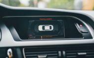 Ako sa zmenila bežná výbava áut za posledné dekády?