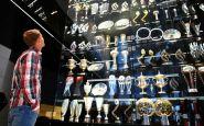 Asi 20 ukradnutých trofejí Red Bullu našli na dne jazera
