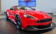 Aston Martin je luxusnou značkou roka