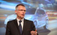 Automobilový priemysel je v chaose, tvrdí šéf PSA