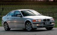 BMW 3 (E46) má problém s airbagmi. Fabrika radí odstaviť autá