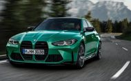 BMW M3 2021 oficiálne. S automatom dá skoro 300 kmh. Fabrika ukázala aj kupé M4