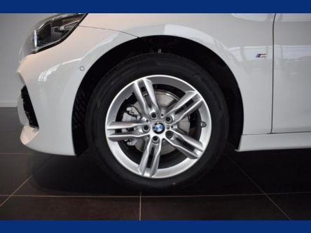 BMW rad 2 Active Tourer 218i M Sport (F45) - Group M, a. s. - (Fotografia 6 z 15)