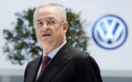 Bývalý šéf VW obvinený v Nemecku. V USA to má tiež nahnuté
