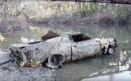 Čo sa stane s autom, ak 40 rokov ležalo na dne rieky?