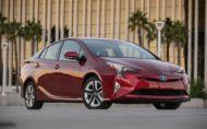 Hybridy sú dôležitejšie ako elektromobily, tvrdí Toyota