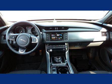JAGUAR XF 2.0D I4 240k A8 R-Sport AWD - T.O.P. AUTO Slovakia - (Fotografia 5 z 9)
