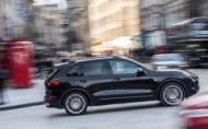 Južná Kórea zakázala predaj Porsche Cayenne, VW Touareg a Audi A6