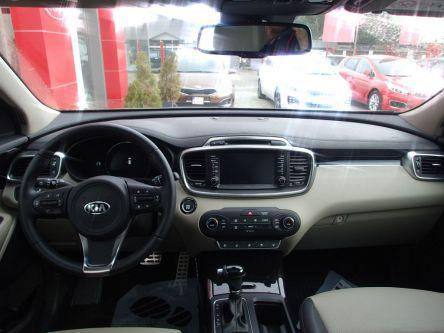 KIA Sorento 2.2 CRDi VGT 4WD ISG Platinum A/T - AUTOVENDYSLOVAKIA, s.r.o - (Fotografia 5 z 8)