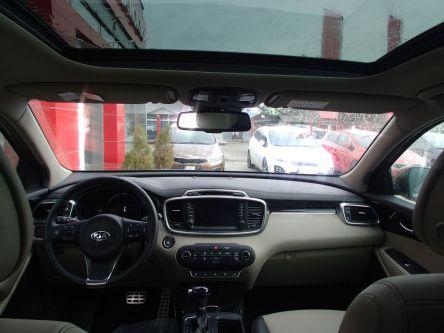 KIA Sorento 2.2 CRDi VGT 4WD ISG Platinum A/T - AUTOVENDYSLOVAKIA, s.r.o - (Fotografia 6 z 8)