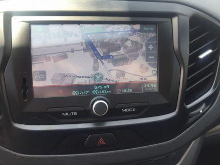 LADA Vesta 1.6 16V MPI Luxe AMT - PETRO CARS s.r.o - (Fotografia 10 z 10)