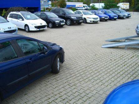 Lion car s.r.o. Predajca nových vozidiel PEUGEOT a NISSAN