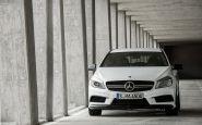Mercedes A 45AMG: 360 koní nestačí, príde ešte ostrejšia verzia