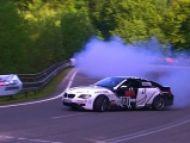 Noro Kováčik na Jahodnej zas vysmážal pneumatiky. Na BMW M6 a ešte ako!