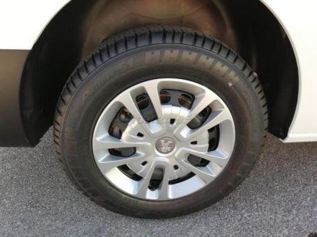 Peugeot Expert Furgon Premium 2.0 BlueHDi Long - RIVAL CAR - autorizovaný predaj a servis PEUGEOT - (Fotografia 6 z 10)