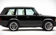 Pocta klasike je aj Range Rover Chieftain. Poznáte ho?
