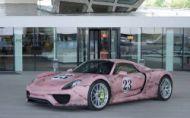 """Porsche 918 Spyder ako """"ružové prasa"""". Dobrý nápad?"""