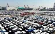 Predaje nových áut sa v EÚ takmer zastavili, Švédi predávajú ďalej