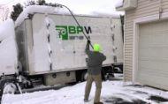 Spoznajte netradičné možnosti, ako odstrániť sneh z kamióna
