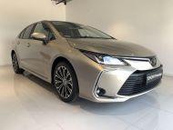 Toyota Corolla Sedan 1.5 benzín - CVT Comfort  plus paket Style  plus Tech