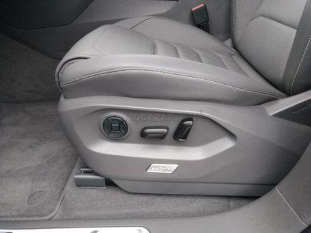 Volkswagen Touareg III 3.0 V6 TDI SCR Elegance 4Motion Tiptronic - Auto Unicom, s.r.o. - (Fotografia 10 z 15)
