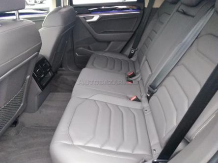 Volkswagen Touareg III 3.0 V6 TDI SCR Elegance 4Motion Tiptronic - Auto Unicom, s.r.o. - (Fotografia 12 z 15)